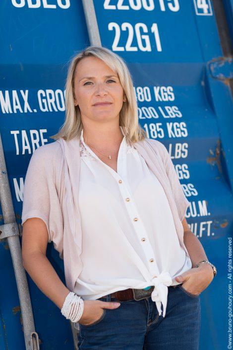 Photographe-portrait-directrice-entreprise-economie-solidaire