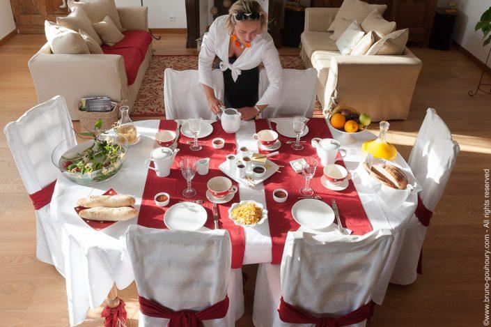 photographe-chambres-hotes-charme-table